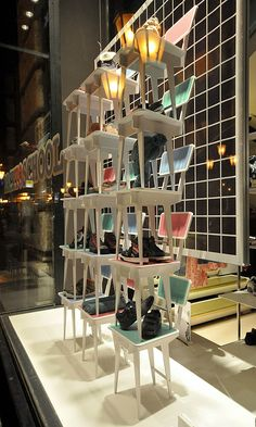 visual merchandising with chairs - retail Design Blog, Design Café, Visual Merchandising, Design Garage, Shop Front Design, Budapest, Shop Interior Design, Retail Design, Design Display