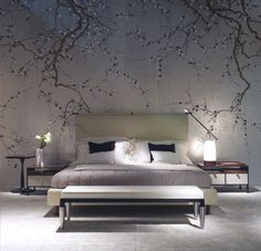 Exquisite bedroom with DeGournay plum blossom wallpaper De Gournay Wallpaper, Chinoiserie Wallpaper, Japanese Bedroom, Japanese Interior, Asian Interior, Home Bedroom, Bedroom Decor, Bedroom Ideas, Bedroom Lamps