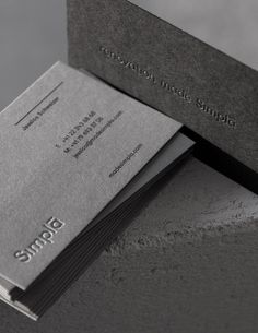 best printed matter from Poland Business Cards Layout, Luxury Business Cards, Cool Business Cards, Business Card Design, Corporate Design, Architecture Business Cards, Graphisches Design, Layout Design, Name Card Design