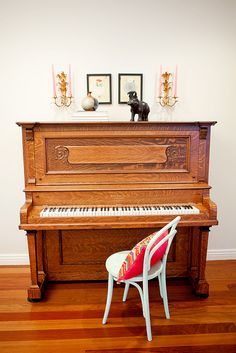 A piano like this..