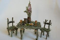45 Outstanding Diy Fairy Garden Furniture Design Ideas - Fairy gardens are a variation of the miniature gardens which have been creating quite a buzz for a couple of years now. Fairy gardens seem to look bes. Mini Fairy Garden, Fairy Garden Houses, Ideas Dormitorios, Fairy Garden Furniture, Twig Furniture, Furniture Design, Fairy Crafts, Fairy Garden Accessories, Fairy Doors