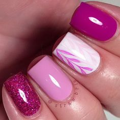 Pink And White Nail Design For Short Nails.