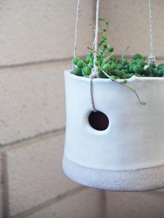 mini dover hanging pot