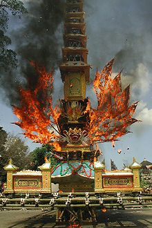 Balinese Hindu cremation Bali Floating Leaf Eco-Retreat. http://balifloatingleaf.com/