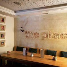 Comparte tus momentos #condeduquegente con nosotros. @theplacemadrid  Ha llegado el fin de semana y por fin podemos descansar y comer bien. En The Place ya estamos listos!! - #theplacemadrid #madrid #findesemana #viernes #condeduquegente