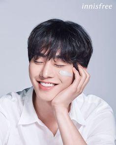 Handsome Korean Actors, Handsome Boys, Lee Sung Kyung Doctors, Queen Of The Ring, Romantic Doctor, Ahn Hyo Seop, Kdrama Actors, Drama Korea, Poses
