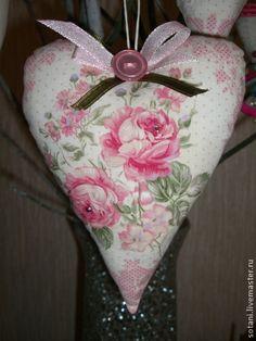 """Подвески ручной работы. Ярмарка Мастеров - ручная работа Комплект сердечек """"Розовые розы"""".. Handmade."""