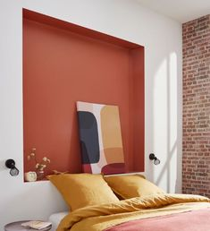 Design idea: paint a terracotta recess as a headboard. - Design idea: paint a terracotta recess as a headboard. A nice reminder of color with the brick effec - Interior House Colors, Home Interior Design, Interior Decorating, Interior Livingroom, Summer Deco, Home Decor Bedroom, Entryway Decor, Home Decor Quotes, Minimalist Home Interior