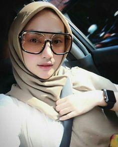 Beautiful Muslim Women, Beautiful Hijab, Muslim Beauty, Hijab Tutorial, Girl Hijab, Hijab Dress, Muslim Girls, Hijab Fashion, Women's Fashion