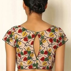 Buy Indie Picks MultiColor Kalamkari Block Print Cotton Blouse online in India at best price.Captivating the imagination with its coruscating Kalamkari block print, this blouse with a stylish V-neckTrendy indian designer saree blouse Click the link t Blouse Back Neck Designs, Simple Blouse Designs, Stylish Blouse Design, Kalamkari Blouse Designs, Cotton Saree Blouse Designs, Bridal Blouse Designs, Saree Blouse Patterns, Dress Designs, Sari Design