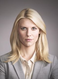 Claire Danes as Carrie Mathison.my idol! Claire Danes, Wallpaper Wide, Homeland Season 5, Carrie Mathison, Spy Shows, Beauty Queens, Just In Case, My Idol, Carry On