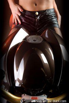Vilner Aprilia Stingray Z Cafe, Cafe Racer Girl, New Motorcycles, Street Fighter, Sport Bikes, Honda, Bodycon Dress, Dresses, Women