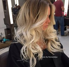 Made of virgin human hair. Hair color: As picture shown. Each hair individually implanted and hand-tied. Hair Density: We will resolve your problems. Blonde Wig, Blonde Ombre, Blonde Curls, Frontal Hairstyles, Wig Hairstyles, Trendy Hairstyles, Hairstyles For Round Faces, Great Hair, Balayage Hair