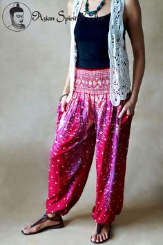 Red peacock feathers boho pants - Find our shop at http://stores.ebay.de/Asian-Spirit-and-Art or connect with us on facebook http://www.facebook.com/asian.spirit.art