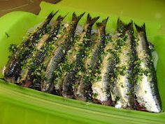 Sardines al vapor Omega 3, Pescado Recipe, Salty Foods, Spanish Food, Food Humor, Fish Recipes, Zucchini, Asparagus, Tapas