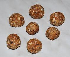 Hundekekse mit Apfel, Thunfisch oder Honig Die Rezepte findet ihr hier: http://www.unsere-beagle-welt.de/Rezepte.html