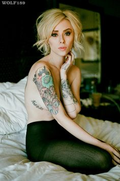Love her hair and those tattoos! Body Art Tattoos, Girl Tattoos, Tatoos, Ink Model, Fancy Hairstyles, Big Hair, Inked Girls, Hair Designs, Pretty Woman