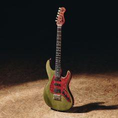 Green Caster - Elektrická gitara - Barbtone elektrická gitara je vyrobená pre hráčov, ktorí chcú obohatiť kapelu perfektným zvukom singlov a kobylkového humbuckera od značky RM-pickups.