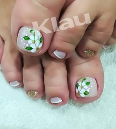 Uñas 💅🏼 Pedicure Nail Art, Toe Nail Art, Love Nails, Fun Nails, Cute Pedicures, Sparkle Nails, Burgundy Nails, Toe Nail Designs, Super Nails