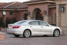 2011 Lexus LS - Total Car Score 90.45