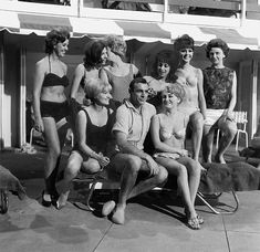 Sean Connery and Bond Women (Goldfinger - 1964)