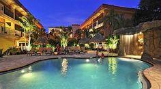 Awwww .... Coconut Cove Suites, Clearwater Beach, Florida, USA Source: http://www.nethotels.com/hotel/212202/coconut-cove-suites.en.aspx