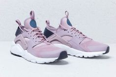 big sale 68dc9 7313c Nike Air Huarache Run Ultra GS Elemental Rose  Diffused Blue za skvelú cenu  106 € kúpíte na Footshop.