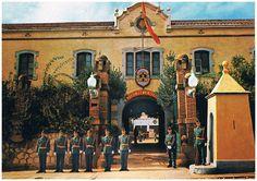 Academia de la Guardia Civil de Sabadell (Barcelona). Public Security, Barcelona, Spain, Painting, Academia, Skydiving, Soldiers, Cities, Historia