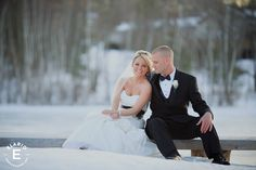 winter wedding, weddings, black and white wedding, #weddings #winterwedding #brideandgroom #blackandwhitewedding