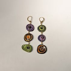 glass bead disc earrings by Dawn Harbor