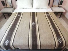 "Moroccan  Blanket, Bedspread, Throw rug, kilim, 100% hand Spun Wool & Pure wool, 79"" x 57"""
