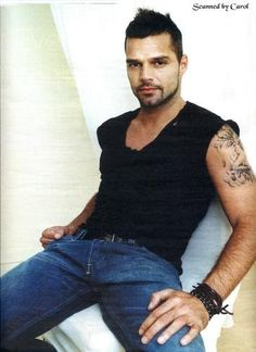 Photos of Ricky Martin - AOL Image Search Results