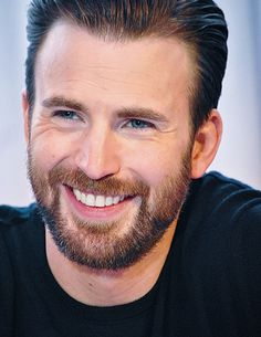 Chris Evans: What a warm and engaging smile. Don't you just feel welcome to sit and chat with this man?