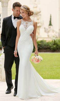 Romantic Tulle & Acetate Satin Square Neckline Natural Waistline Mermaid Wedding Dresses With Beaded Lace Appliques