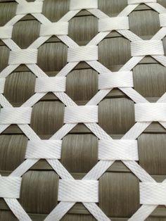 Best 12 no instructions rombo Weaving Designs, Weaving Projects, Smocking Patterns, Weaving Patterns, Paper Weaving, Weaving Art, Bamboo Weaving, Basket Weaving, Origami