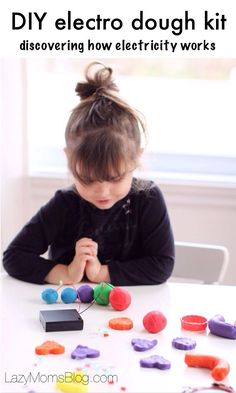 Let your child play with light and sound while discovering science! Such a fun way to teach your kids about electricity while playing with play dough! #crafts #education