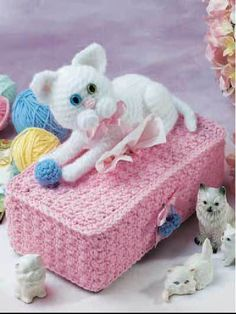 Cuddly Cats Tissie Box Cover free crochet pattern - 10 Free Crochet Tissue Box Cover Patterns - The Lavender Chair