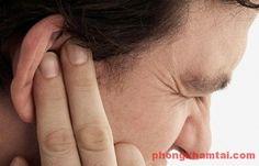 Nghĩ nhanh tới viêm tai ngoài nếu bạn có biểu hiện sau
