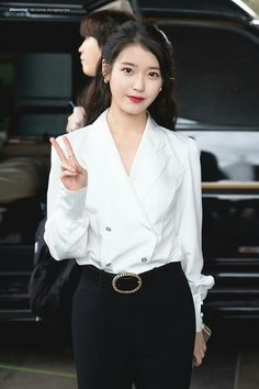 "IU 181223 ""dlwlrma"" Anniversary Tour Concert in Taipei Press Conference Korean Actresses, Korean Actors, Korean Beauty, Asian Beauty, Korean Girl, Asian Girl, Snsd Yuri, Luna Fashion, Korean Celebrities"