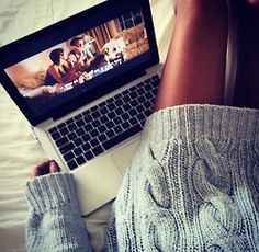 Lazy days are awesome. Even lazy study days when I just lay around and read through material. Easy Like Sunday Morning, Lazy Sunday, Lazy Days, Alena Shishkova, Lazy Day Outfits, Natural Bedding, Stay In Bed, Me Time, Girly Things