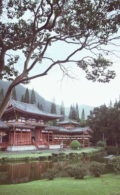 Byodo-In Temple | Travel | Vacation Ideas | Road Trip | Places to Visit | Kaneohe | HI | Scenic Point | Buddhist Temple | Tourist Attraction | Other Historical | Historic Site | Architectural Site