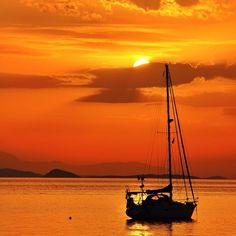 Aegina island, Greece (https://instagram.com/verolappas/)