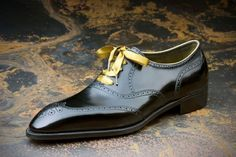 Parisian Gentleman : the french voice of sartorial excellence  A Bespoke full brogue by Corthay.