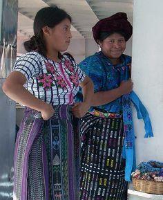 Mayan women selling handmade textiles