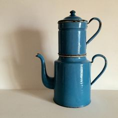 Large French Blue Enamel Coffee Pot - French Vintage - French Blue- Rare Shape This lovely robust example of French enamelware is a lovely shade of