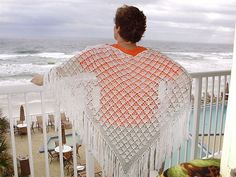Free Crochet Pattern - Fan Pattern Shawl