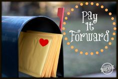 Pay It Forward with free printable tags.  It's so much fun to spread love, kindness, and joy!  Help make 2014 the year of LOVE.  www.busykidshappymom.org