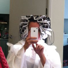 What is a Digital Perm? Want to know what the results look like? #beauty #hair http://www.surfandsunshine.com/what-is-a-digital-perm/