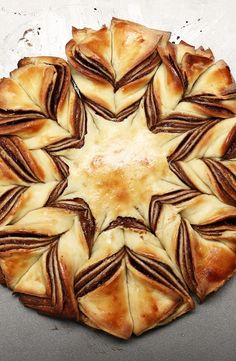 Braided Chocolate Tear 'n' Share Bread 15 Tasty And Delicious Recipes You Must Try Parmesan Chips, Zucchini Chips, Tear And Share Bread, Star Bread, Proper Tasty, Tasty Videos, British Baking, Snacks Für Party, Gourmet
