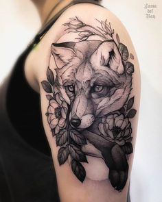 Reposted from . - Tattoo Circle 2019 -[[MORE]] Reposted from . - Tattoo Circle 2019 - 16 Stunning Stretch Mark Tattoos That Will Make You Love Your Body queremos compartir hermosos tatuajes como este Deer Tattoo, Wolf Tattoos, Nature Tattoos, Animal Tattoos, Body Art Tattoos, Ray Tattoo, Tattoo Ink, Fish Tattoos, Tree Tattoos